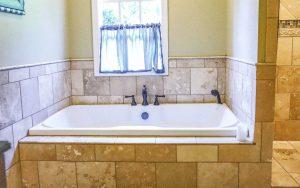 Magnolia Suite Bathroom