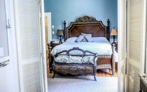 Wanderlust Suite Bed